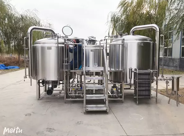 Los tanques de cerveza Brite